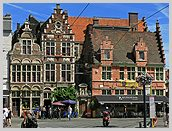 gent flandern belgien foto altstadt gracht b rgerhaus backsteinbau baudenkmal. Black Bedroom Furniture Sets. Home Design Ideas