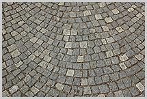 natursteinpflaster granitpflaster foto stra enpflaster kleinpflaster werkstein granit. Black Bedroom Furniture Sets. Home Design Ideas